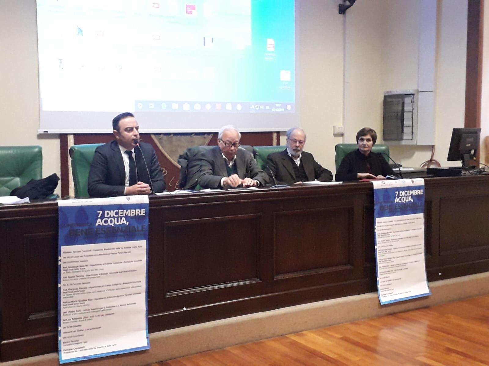 """Materiale informativo della conferenza """"Acqua Bene Essenziale"""". Lo stato delle Acque nella Provincia di Viterbo"""